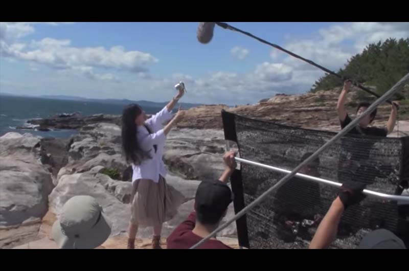 宮崎あおいオリンパス新CM「海に続く篇」で自撮り!宮崎あおいの2015年版オリンパスCM