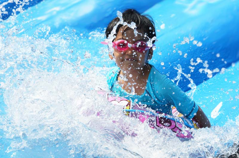 """夏の伊豆は""""ウォーターランド ぷるぷる""""で水遊び!伊豆ぐらんぱる公園に巨大水遊びゾーン誕生!"""