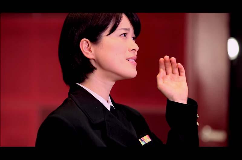 """陸自の歌姫""""三宅由佳莉""""さんと""""鶫真衣""""さん!その歌声に心救われる…陸自音楽隊"""
