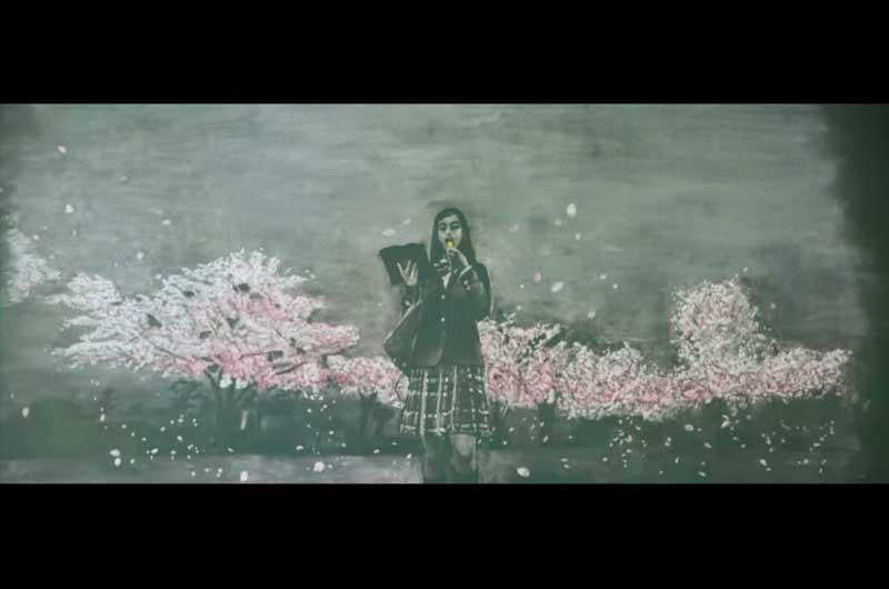 """壮大なる黒板アート!平祐奈カロリーメイトCM""""れなれな""""参加!受験生に送る""""見せてやれ、底力"""""""