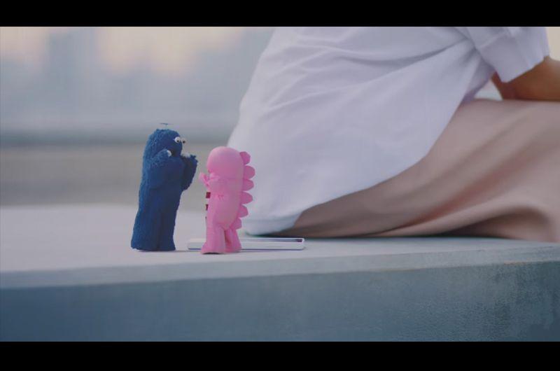 UQmobile新CMピンクガチャとブルームク叫ぶ女の子は誰?堀田茜がガチャピン達と共演