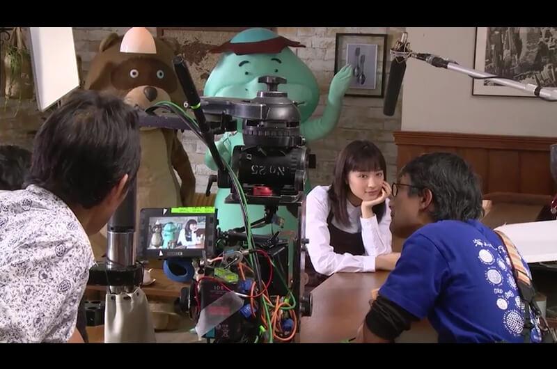 三菱UFJニコスDCカードCM喫茶店の可愛い店員さんに!広瀬すずと中井貴一共演CM