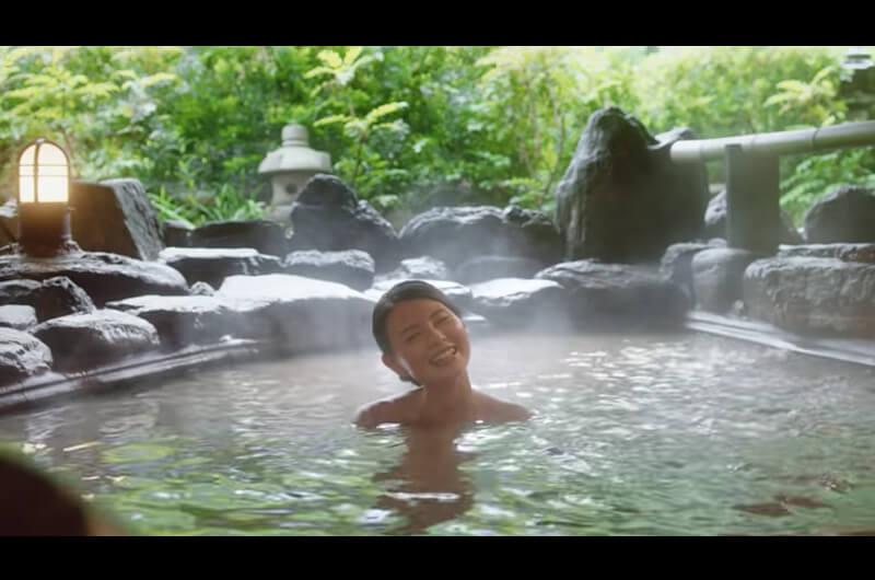 Booking.com新CMの旅館はどこ?温泉に入る女性達は誰?行ってみたい露天風呂