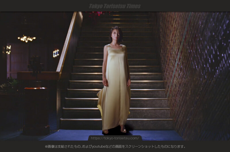 シャープAQUOS R(アクオスR)CM花吹雪に包まれる女性!柴咲コウ出演CM